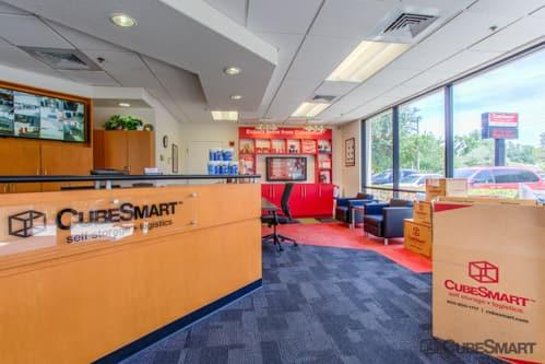 Self Storage Units At 3730 South Orange Avenue In Orlando