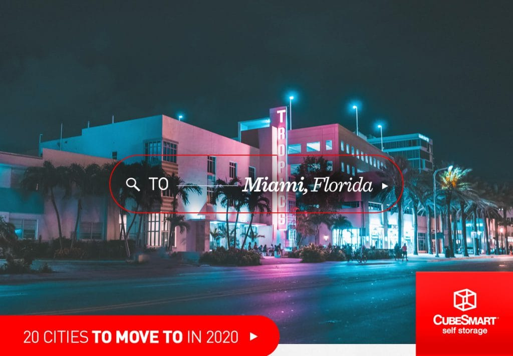 miami, fl street scene at night