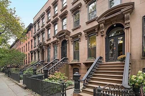 Brooklyn neighborhoods outside NYC