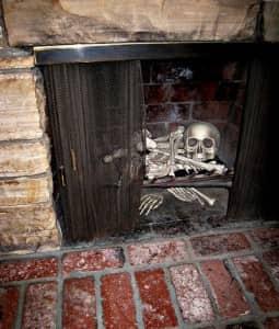 Halloween-Decorations-Storage-fireplace-skeleton
