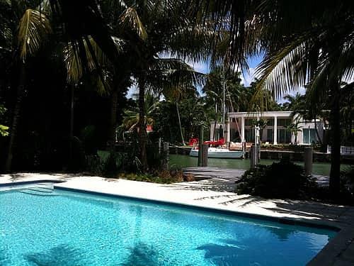 Sunset Islands Miami Beach Neighborhood