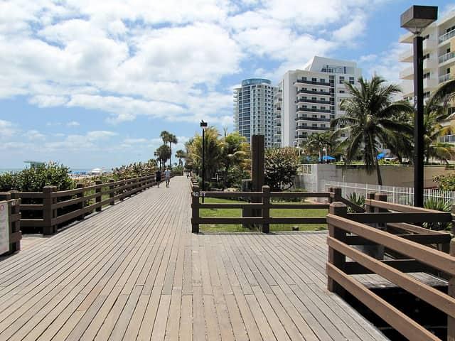Miami Mid Beach Neighborhood