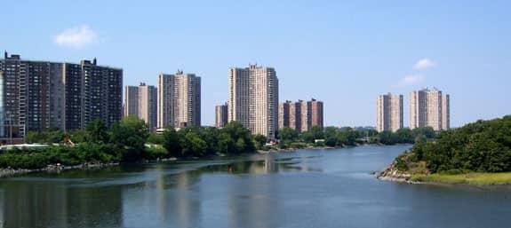 Co-Op City, Bronx, New York CubeSmart self-storage