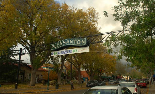 Pleasanton, California sign