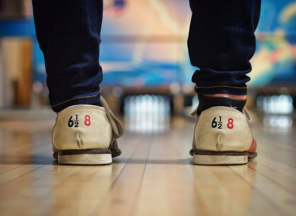 bowling shoes - first date