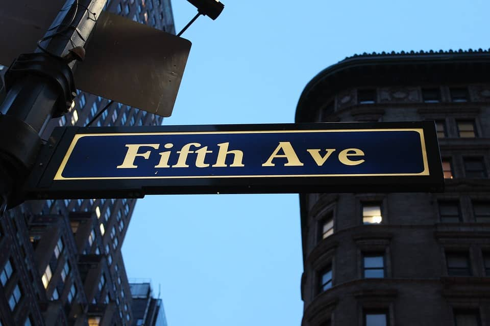 Fifth Avenue shopping NYC