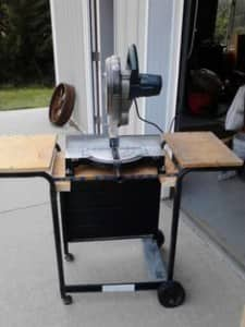Creative Ways to Upcycle a Grill_Saw Table