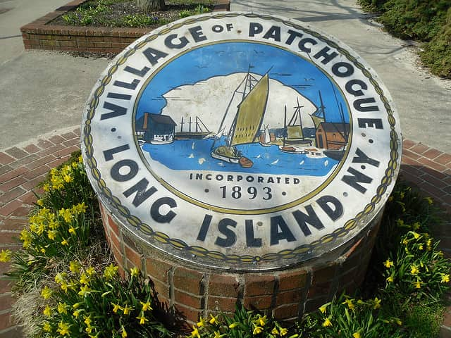 Patchogue, New York crest