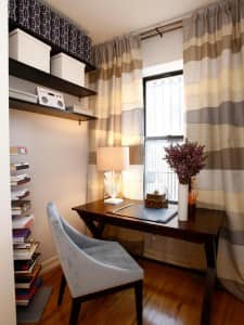 Shelves_vertical storage_Small space living