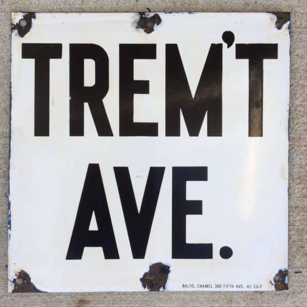 Tremont, Bronx, NY CubeSmart Self-Storage facility