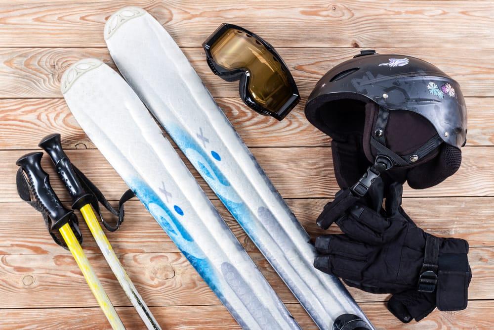 close-up winter ski custom gear