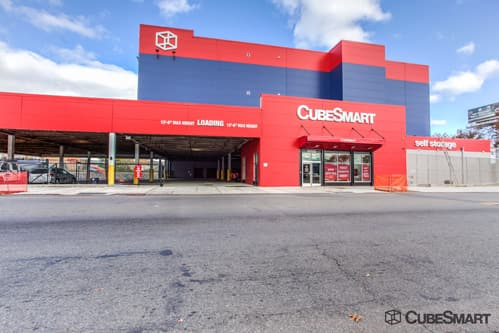 A CubeSmart Facility Photo in Bronx, NY
