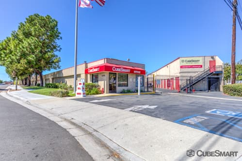 Exterior Of CubeSmart Self Storage Facility In Westminster, CA