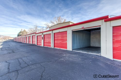 Charmant ... Self Storage Units With Red Roll Up Doors In Albuquerque, ...
