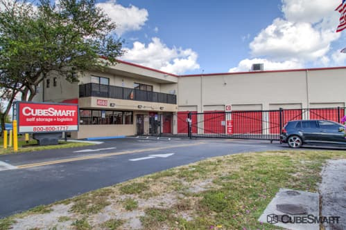 CubeSmart Self Storage in Dania