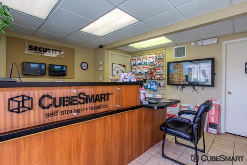 CubeSmart Self Storage office in North Olmsted, OH