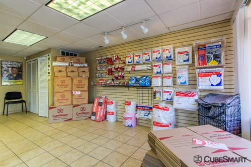 Moving supplies sold at CubeSmart in Branford, CT
