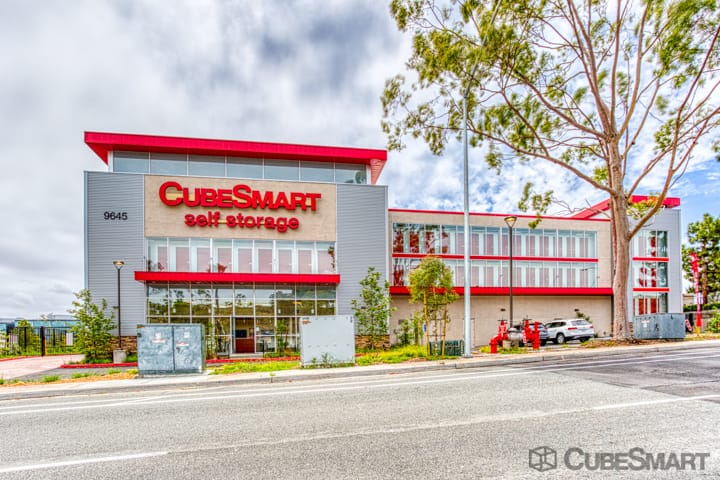 Exterior of a multi-story CubeSmart Self Storage facility in San Diego, CA