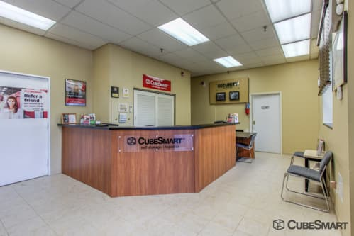 CubeSmart Self Storage office in Fairview, NJ