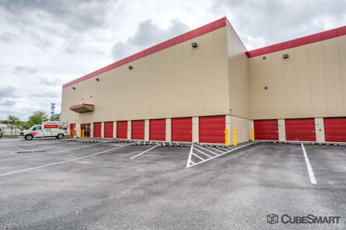 Superieur ... MD Self Storage Units With Red Roll Up Doors In Capitol Heights, MD