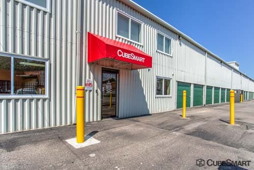Exterior of CubeSmart Self Storage facility in Cleveland, OH