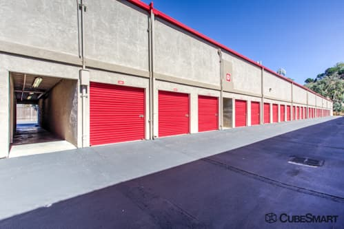 Awesome ... CA Self Storage Units With Red Roll Up Doors In Fremont, ...