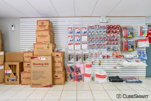 ... FL Moving supplies sold at CubeSmart in Boynton Beach FL & Self-Storage Units (From $68) at 12560 Military Trail in Boynton ...