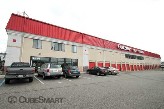 CubeSmart Self Storage in Clifton