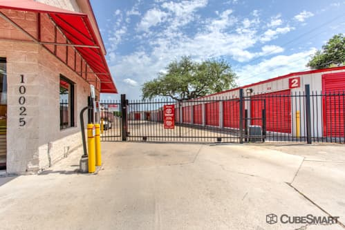 Storage area access gate in Austin, TX