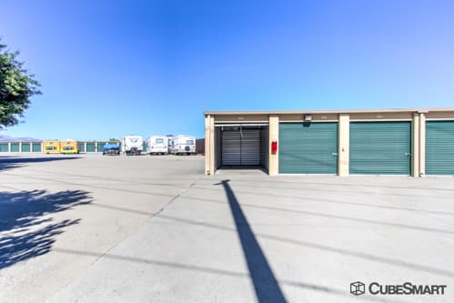 Self storage units at 3101 Valley Avenue