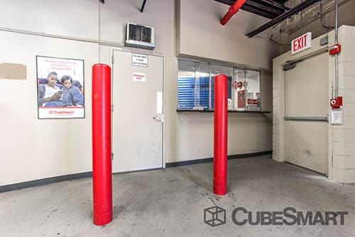 CubeSmart Self Storage office counter in Bronx, NY