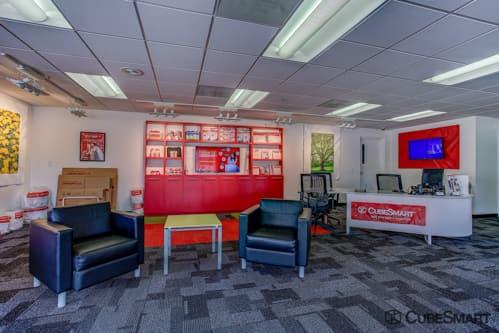 ... FL CubeSmart Self Storage Office In Lake Worth, ...