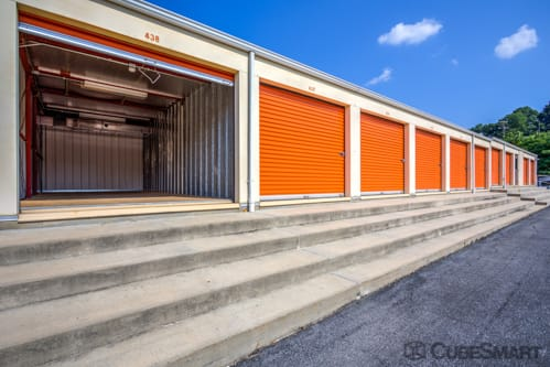 Self storage units at 321 Milroy Rd