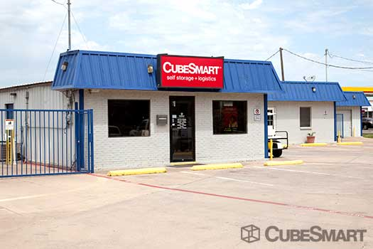 CubeSmart Self Storage in Fort Worth
