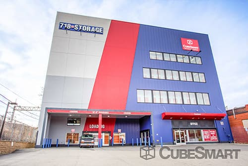 Exterior of a multi-story CubeSmart Self Storage facility in Queens, NY