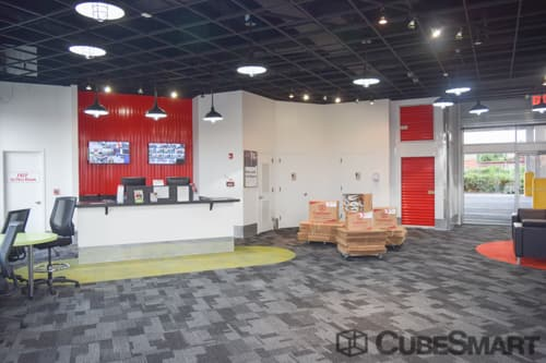 CubeSmart Self Storage office in Flushing, NY