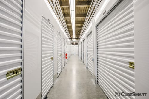 Self Storage Units In Boston From 76 At 380 E St Cubesmart