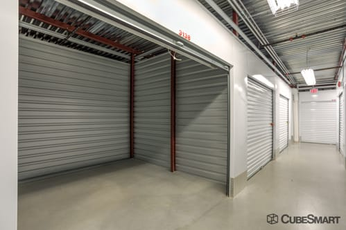 Exterior of CubeSmart Self Storage facility in Lorton, VA