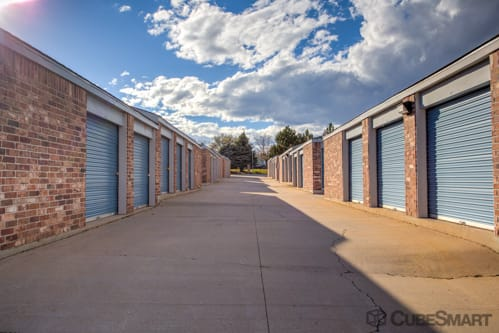 Self storage units at 1800 S Chambers Rd