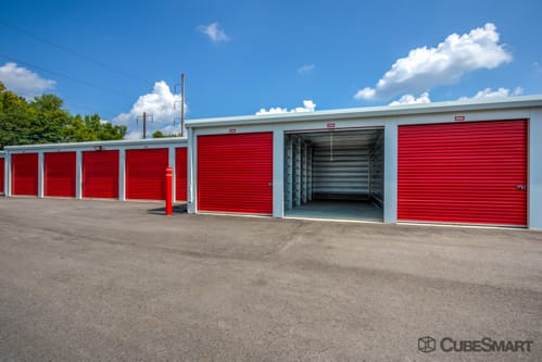 ... Self Storage Units At 500 Mildred Avenue