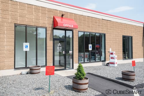 Exterior of CubeSmart Self Storage facility in Franklin, MA