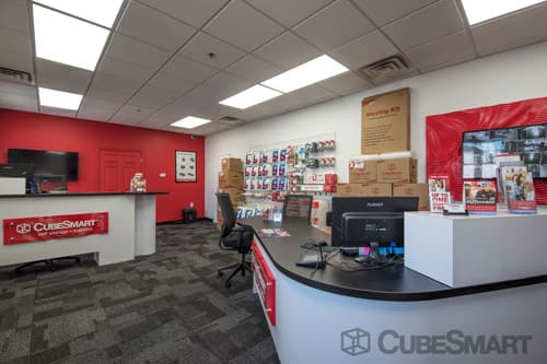 CubeSmart Self Storage office in Worcester, MA