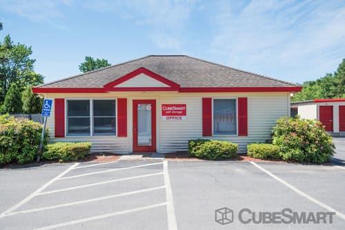 ... Exterior Of CubeSmart Self Storage Facility In Sturbridge, MA ...