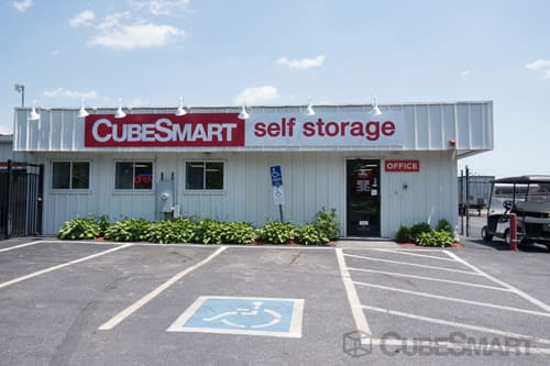 Exterior Of CubeSmart Self Storage Facility In Pawtucket, RI