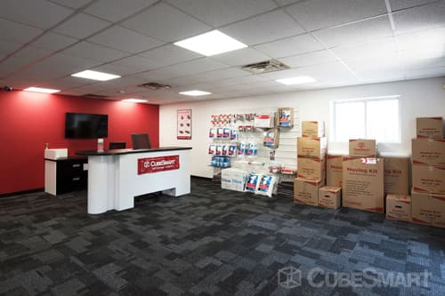 ... RI CubeSmart Self Storage Office In Pawtucket, RI ...